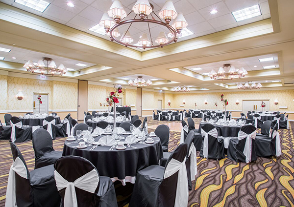 Ballroom at Crowne Plaza Jacksonville Airport Hotel